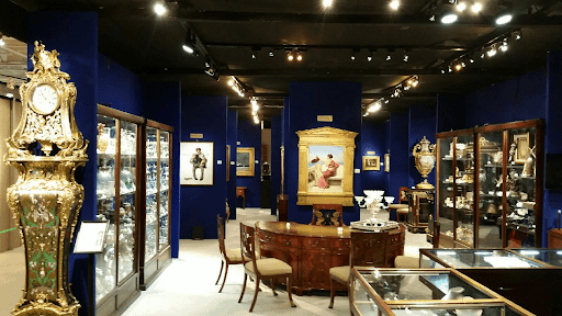 Paints and Table in Museum